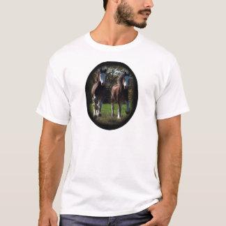 2 clydes running T-Shirt