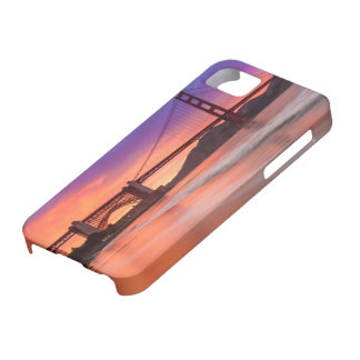 A capture of San Francisco's Golden Gate Bridge Case For The iPhone 5