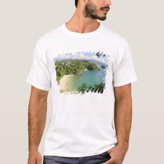 Able Tasman NP, Nelson, New Zealand. The many T-Shirt