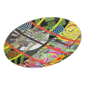 Abstract: Retro Design Party Plate