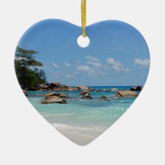 amazing seychelles ceramic heart decoration