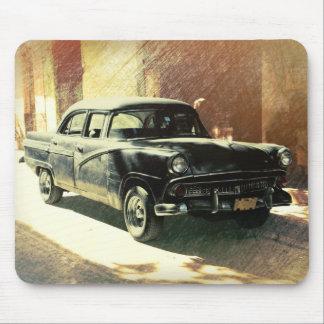 American car in Havana, Cuba mouse pad