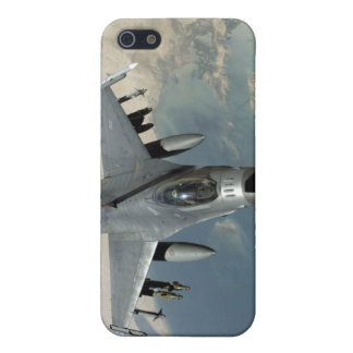 An F-16 Fighting Falcon refuels iPhone 5 Cover