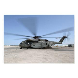 An MH-53E Sea Dragon helicopter Photograph