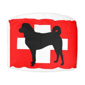 Appenzeller Sennenhund silo switzerland flag.png Pouf
