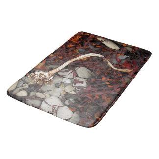 arctic seaweed bath mat
