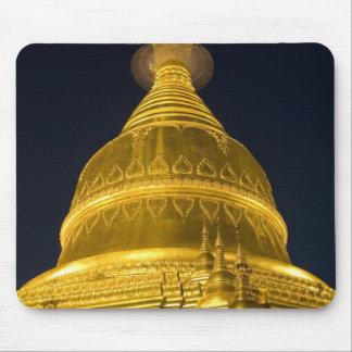 Asia, Mayanmar, Yangon, Buddhist temple in Mouse Pad