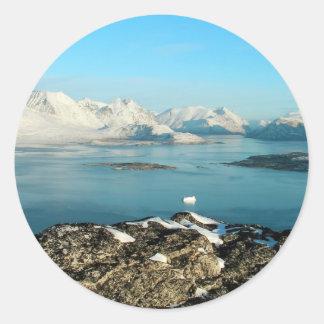 Atlantic scenery round sticker