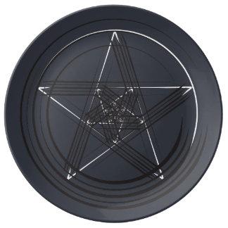 B&W Pen Star Plate