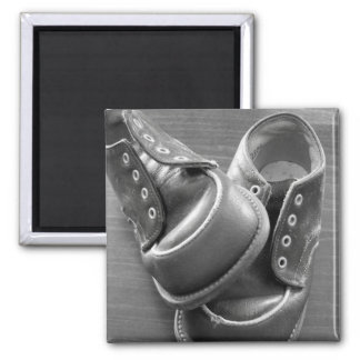 baby shoes square magnet