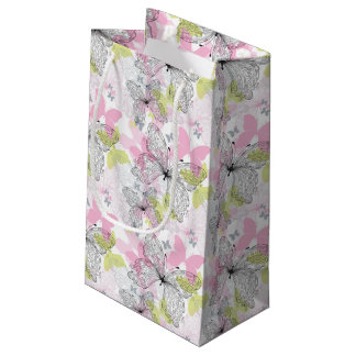 Background with butterfly small gift bag