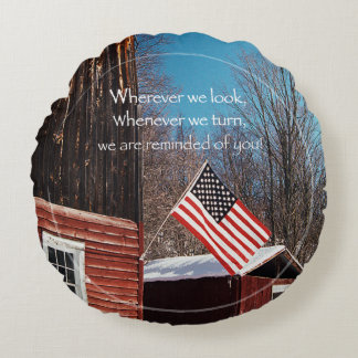 Barn Flag Patriotic Reminders All Around Round Cushion