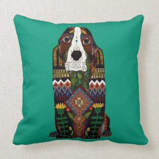 Basset Hound love jade Throw Pillow