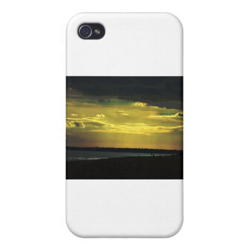 beach and sky effect iPhone 4/4S cases