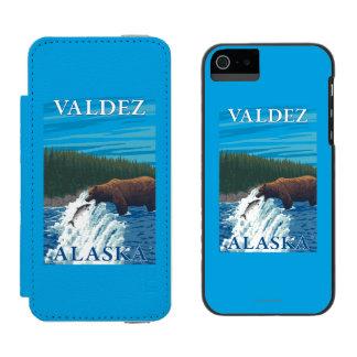 Bear Fishing in River - Valdez, Alaska Incipio Watson™ iPhone 5 Wallet Case
