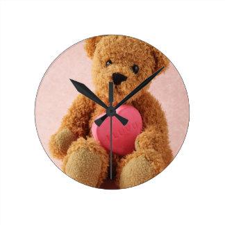 bear i luv u clock