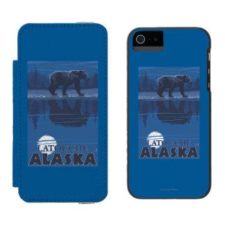 Bear in Moonlight - Latouche, Alaska Incipio Watson™ iPhone 5 Wallet Case