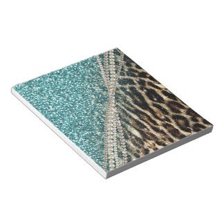 Beautiful chic girly leopard animal faux fur print notepads
