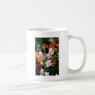 Beautiful Snapdragon Flower Design Coffee Mug