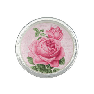 Beautiful vintage pink rose ring