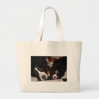 Bernese Mountain Dogs Head to Head tote