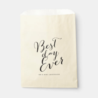 Best Day Ever Script Chic Calligraphy Name Wedding Favour Bags