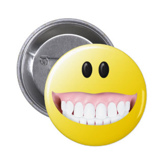 Big Gums Smiley Face 6 Cm Round Badge