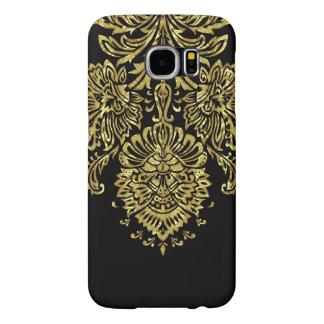 Black And Gold Ornate Floral Damasks Pattern