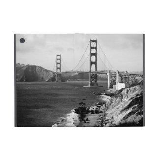 Black and White Golden Gate Bridge Photo iPad Mini Cover