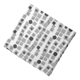 Black and White Retro Flowers Kerchief