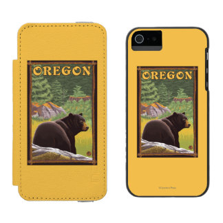Black Bear in Forest Scene Vintage Travel Incipio Watson™ iPhone 5 Wallet Case