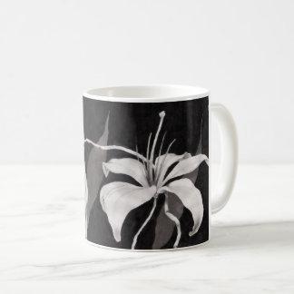 Black & White Lilly Coffee Mug