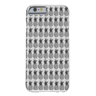Black&white pineapple barely there iPhone 6 case
