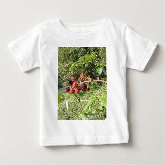 Blackberries bunch baby T-Shirt