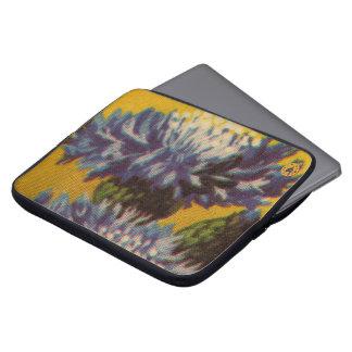 Blue Chrysanthemum Laptop Sleeve