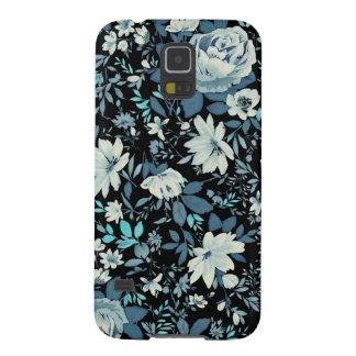 Blue Roses on Dark Galaxy S5 Case