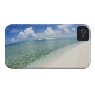 Blue sky and sea 5 iPhone 4 cases