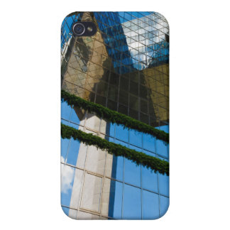Blue Sky Thinking iPhone 4 Cover