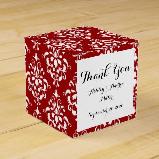 BOLD RED AND WHITE DAMASK PATTERN 1 PARTY FAVOUR BOXES