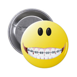 Braces Smiley Face 6 Cm Round Badge