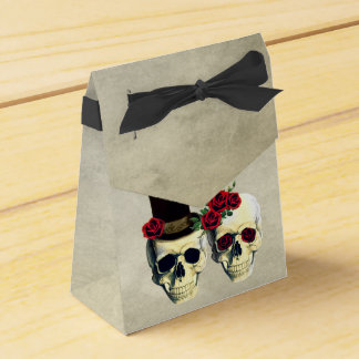 Bride & Groom Skull Wedding Party Favor Favour Box