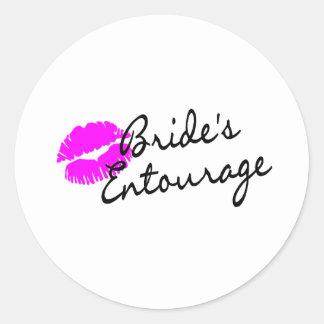 Brides Entourage (Kiss) Round Sticker