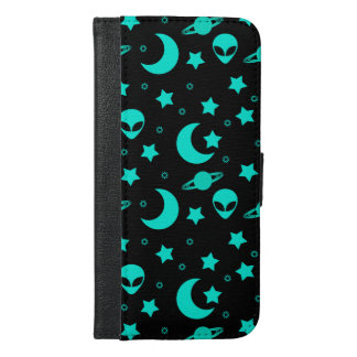 Bright Aqua Blue Alien Heads in Outer Space iPhone 6/6s Plus Wallet Case