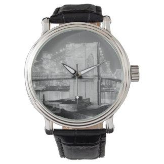 Brooklyn Bridge Black & White Watch