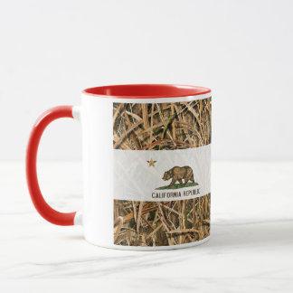 California Republic Flag Bear Camo Mug
