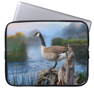 CANADA GOOSE ON THE SHASTA LAPTOP SLEEVES