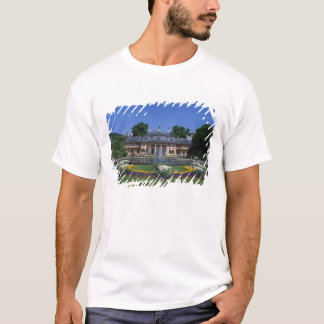 Castle Pillnitz, Dresden, Saxony, Germany T-Shirt
