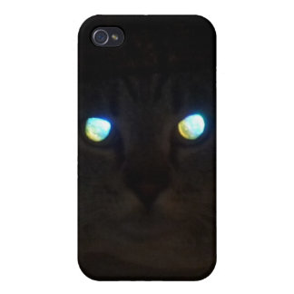 Cat Eyes a Glow Case For iPhone 4