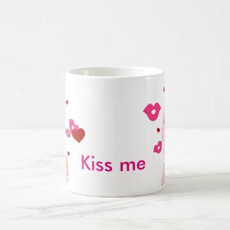 Caterpillar kiss - Mug
