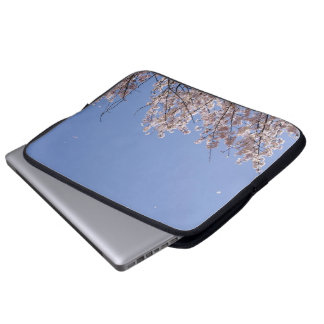 Cherry blossom blizzard (Hanafubuki) Laptop Sleeve